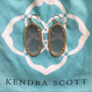 Kendra Scott Elle Earring in Slate Cat's Eye